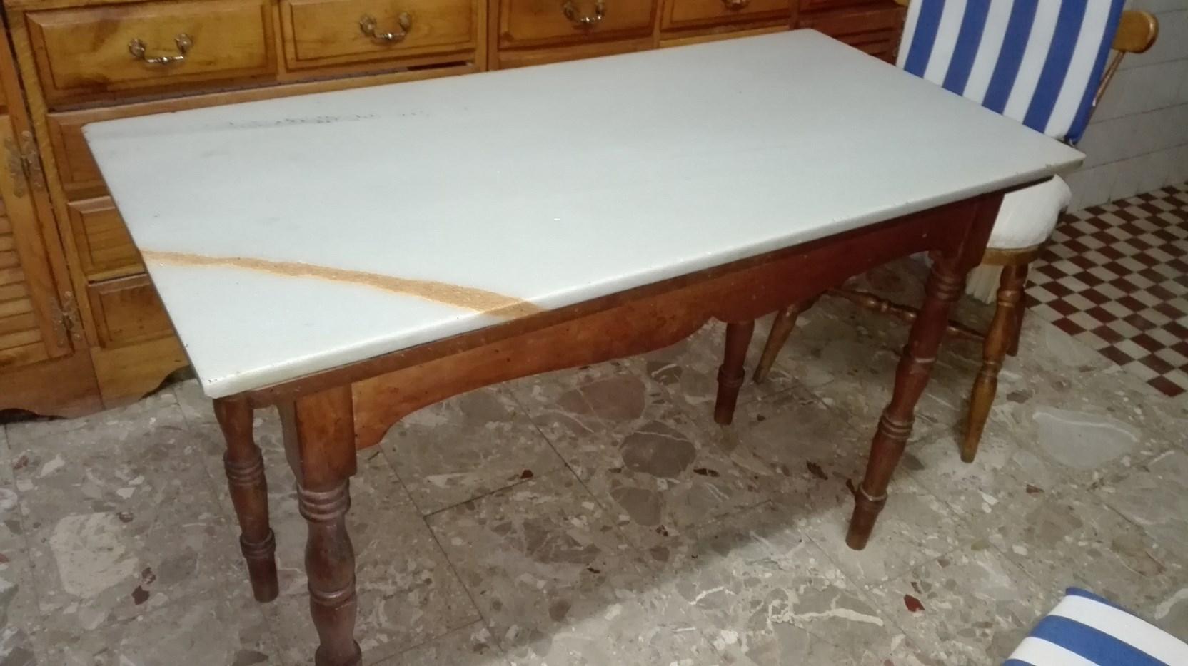 Trastos y zaleos for Mesas de marmol para cocina