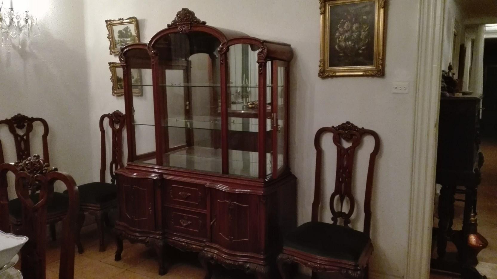 Muebles estilo isabelino mueble de bao isabelino - Muebles vintage malaga ...